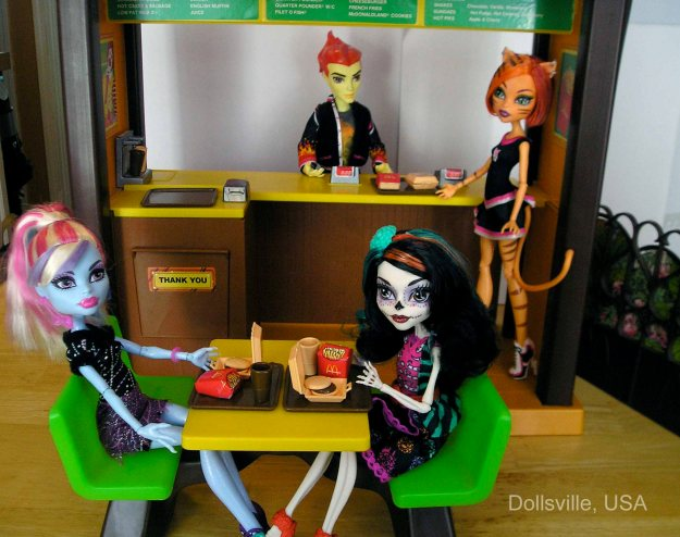 Abbey introduces new student Skelita to the wonders of fast food.