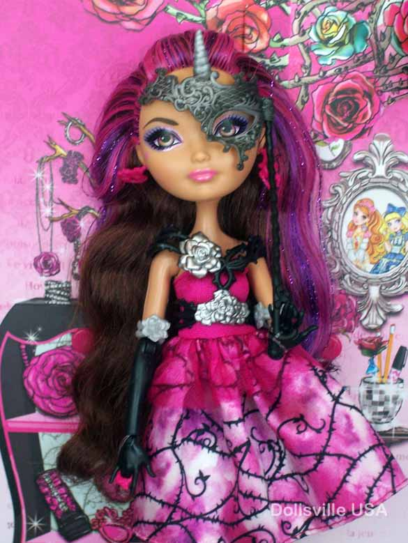 Briar Beauty Thronecoming Book | Dollsville, USA Ever After High Dolls Briar Beauty Thronecoming