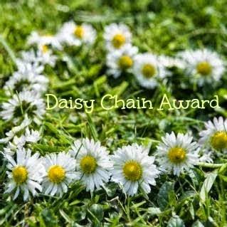 Daisychainawardbytheohmydolliescrew